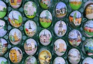 Volker Kraft's hand-painted Easter Eggs